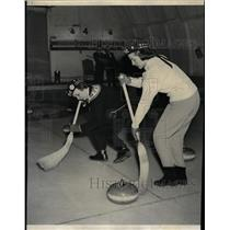 1957 Press Photo Curling Sports - RRW24547