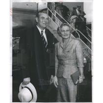 1951 Press Photo Engineer, diplomat Mr. & Mrs. Herbert Hoover Jr. - RSC78665