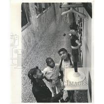1969 Press Photo Rodney Quinn Joyce Porter Kedzie Daily - RRW48617
