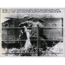 1962 Press Photo REFUGEES BERLIN GERMANY - RRX78425