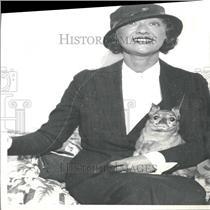 1934 Press Photo Roszika Dolly