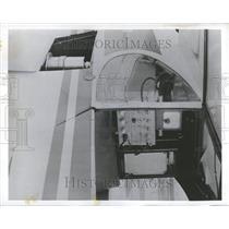 1955 Press Photo Scintillation Detector Installation - RRV57995