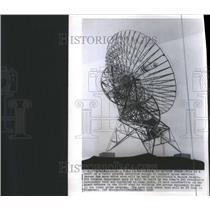 1958 Press Photo Model Radio Antenna To Contact Space