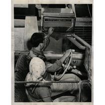 1958 Press Photo Toll-taking machine Bridge Automatic - RRW73389