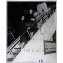 1962 Press Photo Andrea Frande & Joanne Uerling Travel - RRX58697