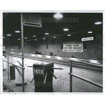 1959 Press Photo Empty O'Hare Airport Baggage Claim - RRV44737