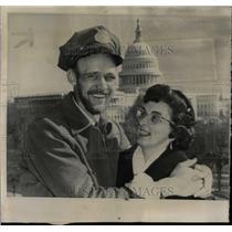 1962 Press Photo Ohio Mailman Ed Kline ashington Wife - RRW58935