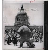 1966 Press Photo Shrine Parade Bertha Elephant - RRX70677