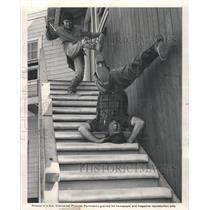 1977 Press Photo Universal Studio Stunt Men In Action - RRW37215
