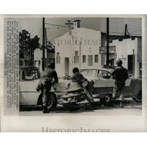 1965 Press Photo National Guard troops in Watts riot - RRX62705