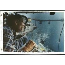 1990 Press Photo Pilot Mike Adams Lake Huron Diane Work - RRV90891