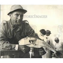 1948 Press Photo Bill Corley Fisherman Pictured with Rabbitfish