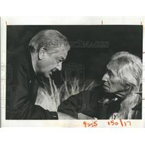 """1973 Press Photo  Robert Young & Chief Dan George, """"Marcus Welby, M.D."""