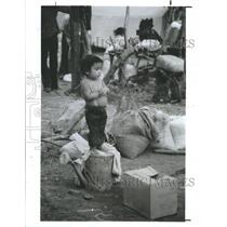 1982 Press Photo Young El Salvadoran Refugee Camp La Virtud