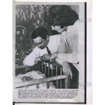 1963 Press Photo Lt Col Valeri f Bykovsky Soviet Cosmonaut Wife Valentina Son