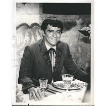1958 Press Photo Henry Darrow Puerto Rican-American character actor.