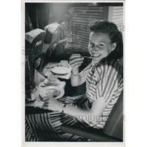 Press Photo German Woman Eating on Train.