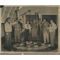 1949 Press Photo Sport Bowls Voule Shuffleboard Ice