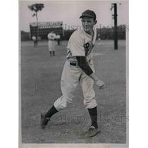 1937 Press Photo Philadelphia A's Claude Passeau, pitcher