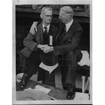 1940 Press Photo Athletics Manager Connie Mack Meets Businessman Connie Mack