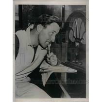 1937 Press Photo Jimmy Ripper Collins First Baseman Chicago Cubs Broken Leg
