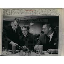 1965 Press Photo Cleveland Browns Quarterback Frank Ryan And Dick Modzelewski