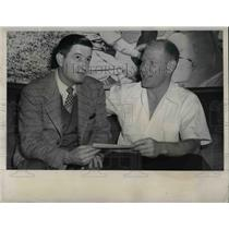 1948 Press Photo St. Louis Browns Don Black & President Bill Veeck At Stadium