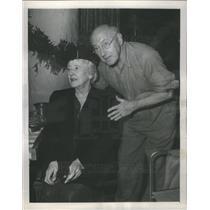 1948 Press Photo Mr & Mrs Cecil B DeMille - RSC70669