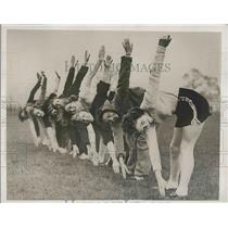 1938 Press Photo Members Of Victoria Park Ladies Athletic Club Work Out