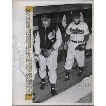 1948 Press Photo Indians Players Leave Dugout After Loss To Tigers