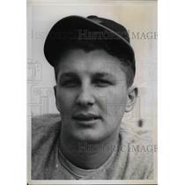 1940 Press Photo John Hitchings Pitcher Cincinnati Reds Spring Training Camp MLB