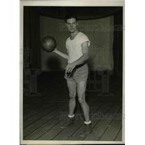 1930 Press Photo Robert McCoy, Forward for Columbia University Basketball