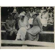 1918 Press Photo Aviator Lt.C.B.Wrightman with Ms. Ann Randolph in Baseball Game