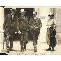 1925 Press Photo Solicitor Gen & Mrs WD Mitchell,Atty Gen JG Sargeant, Wm Donovan