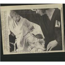 1973 Press Photo Little Boy Karate Kicks His Teacher