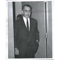 1967 Press Photo William E. Simkin, a US mediator