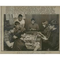 1967 Press Photo Monopoly Addicts Attempt Play Record