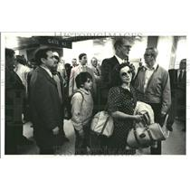 1980 Press Photo Iranian Family American Airlines - RRT27189