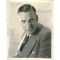 1930 Press Photo Walter Huston, closeup caption