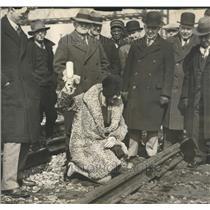 1930 Press Photo Ms. Dorothy Morris christen railroad - RRT33087
