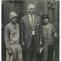 1927 Press Photo Erring Girls Best friends President