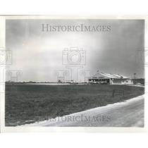 1960 Press Photo Aurora Airport Illinois Planes Parked