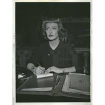 1963 Press Photo Bette Davis (Actress) - RRT62303