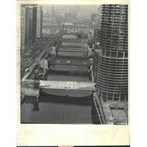 1963 Press Photo Executive House 38th floor Plain - RRT52911