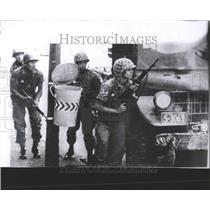 1963 Press Photo Sniper Gunfire In Downtown Caracas