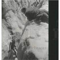 1959 Press Photo Walt Disney Third man on the mountain - RRT70061