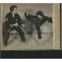 1975 Press Photo Karate Children Jimmy Lee Holly