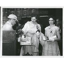 1950 Press Photo Newspaper Publication Low-Grade Paper