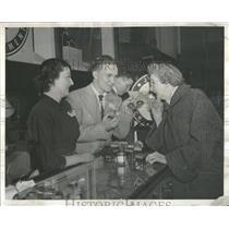 1955 Press Photo Gloria Lea Junior Enterprises Jewelry - RRT94763