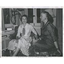 1958 Press Photo John McDonough Head Volunteer Players - RRT45385
